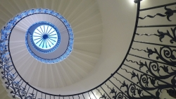 Greenwich tulip stairs